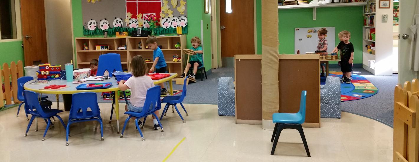 https://schoolofsaintmary.com/wp-content/uploads/2016/07/Bunnies-Classroom.jpg